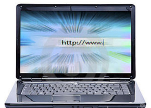 laptop-internet-17398156